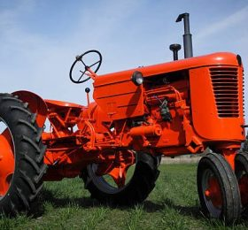 Tractor and Agricultural Colours